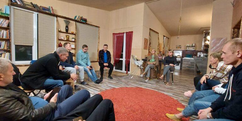 пасторы домашних групп