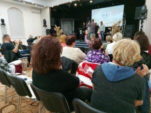 Благословение миссионерской команды на учебу в Москву!